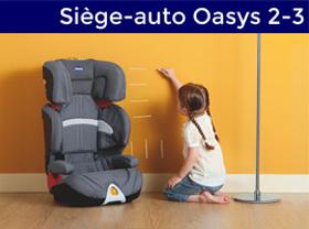 bébé à coté d'un siège auto oasys 2/3