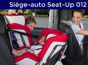 bébé dans son siège auto seat up 012