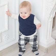6aa7ea299ac73 À quel âge bébé va-t il marcher