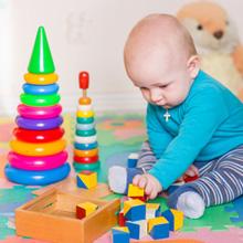 quels sont les meilleurs jouets et jeux pour veiller b b. Black Bedroom Furniture Sets. Home Design Ideas