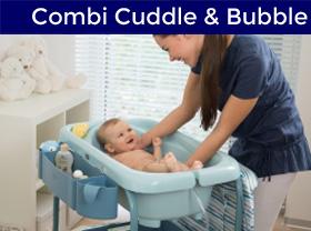 bébé dans sa baignoire Cuddle & Bubble