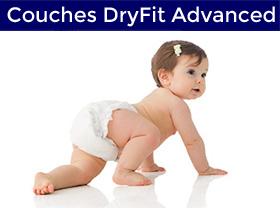 bébé qui porte une couche DryFit Advanced