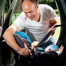 coque ou nacelle quelle est la meilleure protection pour b b en voiture. Black Bedroom Furniture Sets. Home Design Ideas